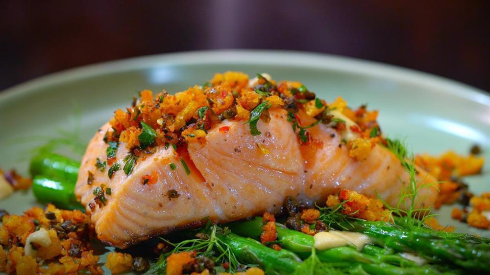 Cá hồi và những thực phẩm tốt cho sức khỏe trong mùa nóng-10