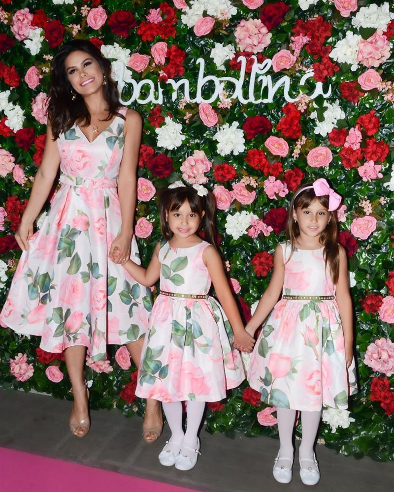 Bản tin Hoa hậu Hoàn vũ 18/5: Võ Hoàng Yến chặt đẹp từ Pia tới Hoàng Thùy với thời trang mặc cũng như không-8
