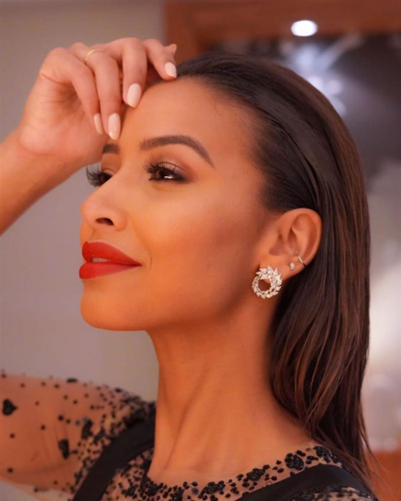 Bản tin Hoa hậu Hoàn vũ 18/5: Võ Hoàng Yến chặt đẹp từ Pia tới Hoàng Thùy với thời trang mặc cũng như không-13