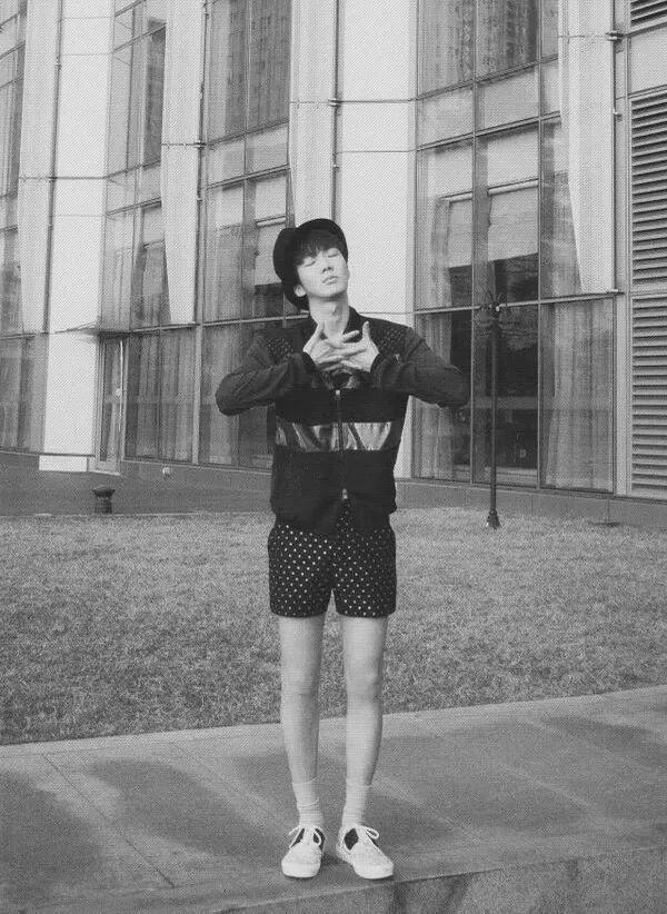 Ngoài Lee Min Ho, Kbiz còn đầy rẫy mỹ nam sở hữu đôi chân cực phẩm, đến phái đẹp cũng phải ghen tị-8