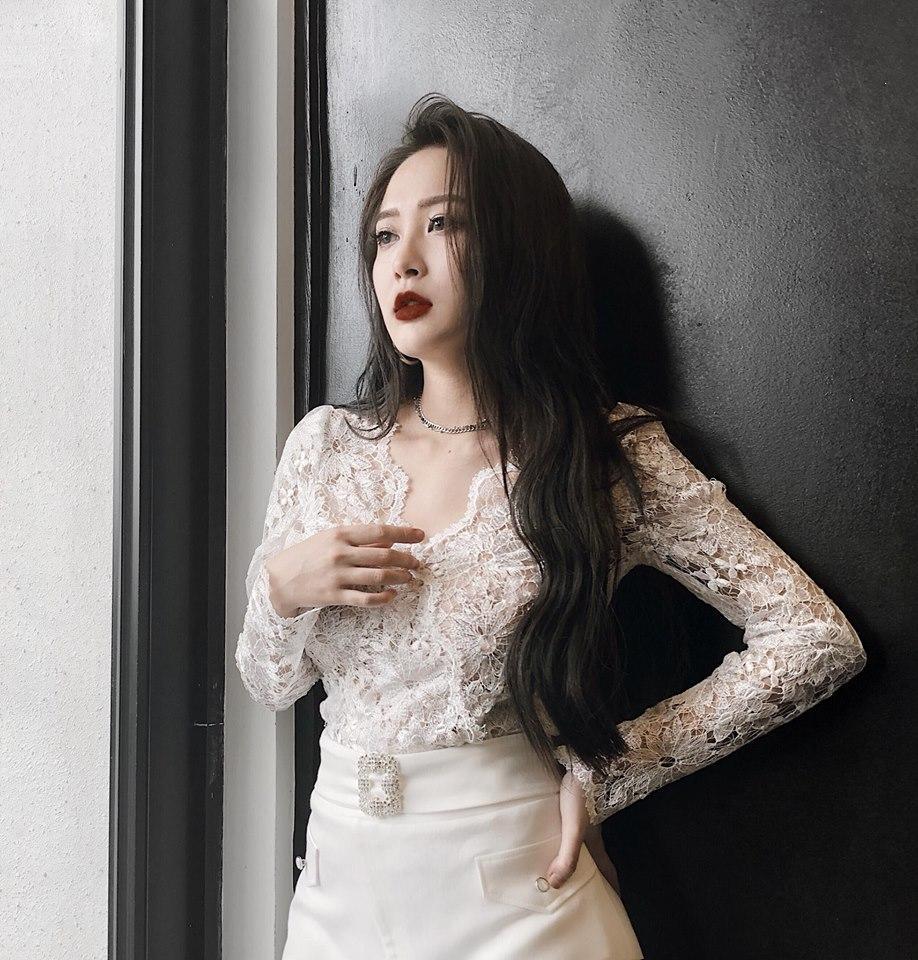 Đăng ảnh tạm biệt người chị nổi tiếng, em họ Hương Tràm nhanh chóng chiếm spotlight vì gương mặt vừa đẹp lại chảnh-4