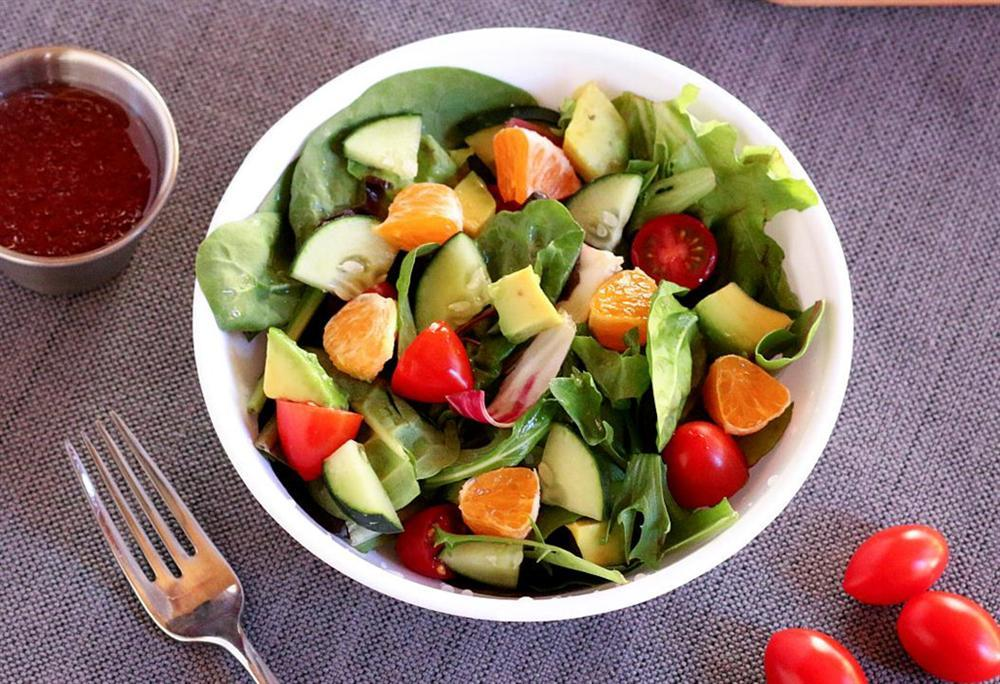 Bí kíp trộn salad thanh mát, dễ làm không cần tỷ lệ cho ngày nóng nực-3