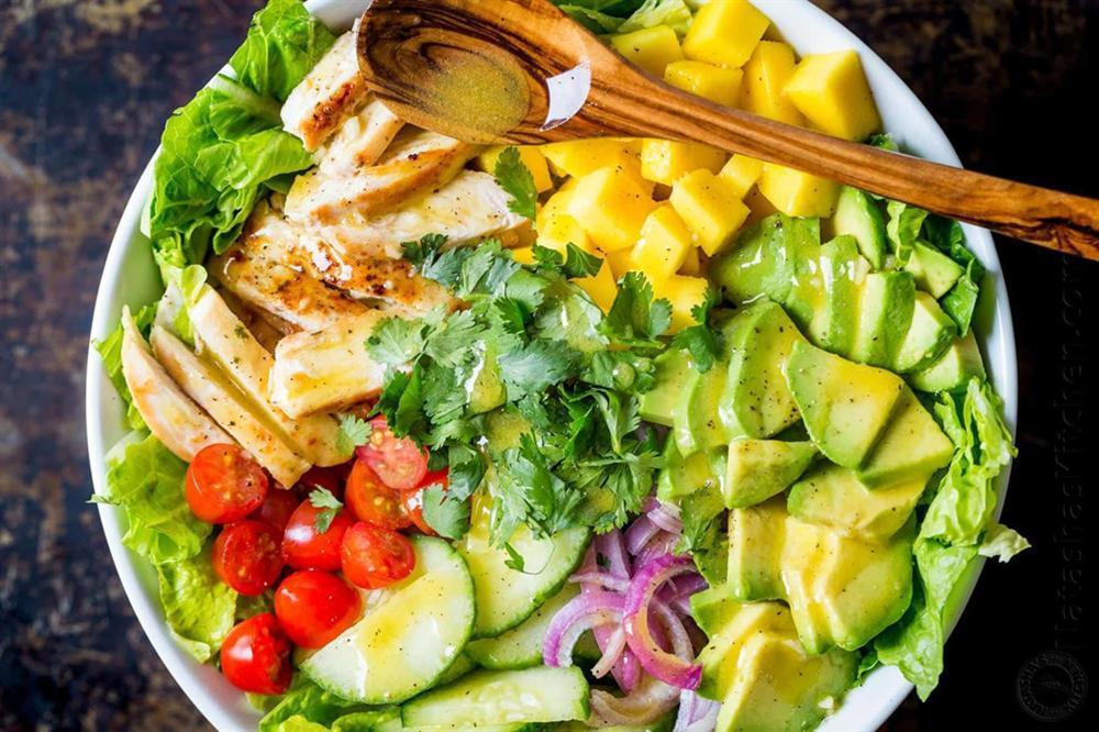 Bí kíp trộn salad thanh mát, dễ làm không cần tỷ lệ cho ngày nóng nực-6