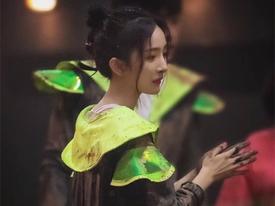 Bị chê diễn dở mặt đơ, Dương Mịch chứng minh khả năng khóc thần sầu trong 1 giây khiến đồng nghiệp thán phục