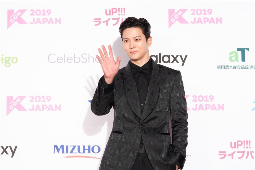 Sao nhí xinh nhất xứ Hàn Kim Yoo Jung gây xao xuyến với mái tóc ngắn-6