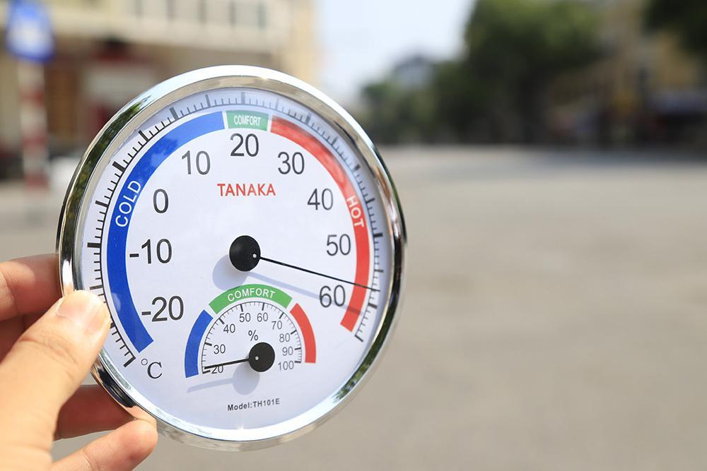 Cư dân mạng so tài xem ai chống nóng sáng tạo hơn giữa thời tiết nắng muốn phát điên-2