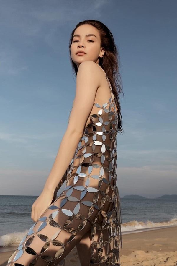 NGUYÊN 1 NGÀY: Hàng loạt thiết kế bị tố đạo nhái từ trong nước đến quốc tế, nóng nhất vẫn là chiếc váy tàng hình của Ngọc Trinh-8