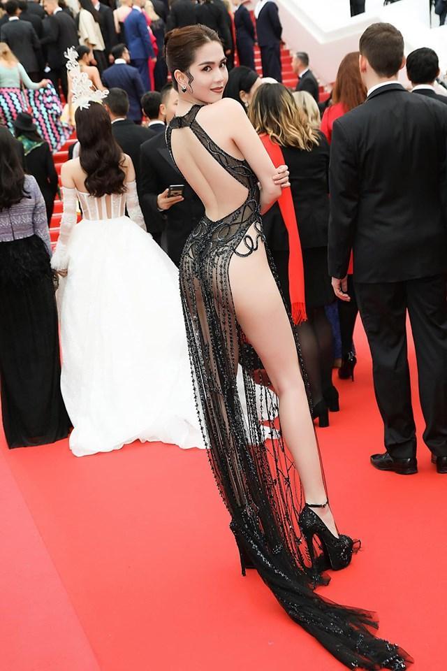 Ngọc Trinh phơi vòng 3 trên thảm đỏ Cannes: Nhà thiết kế khẳng định vẫn đẹp bất chấp cư dân mạng chửi bới sấp mặt-8