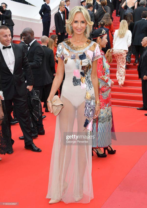 Top 10 bộ cánh thảm họa ở Liên hoan phim Cannes 2019, riêng Ngọc Trinh đã chiếm 3 bộ-10