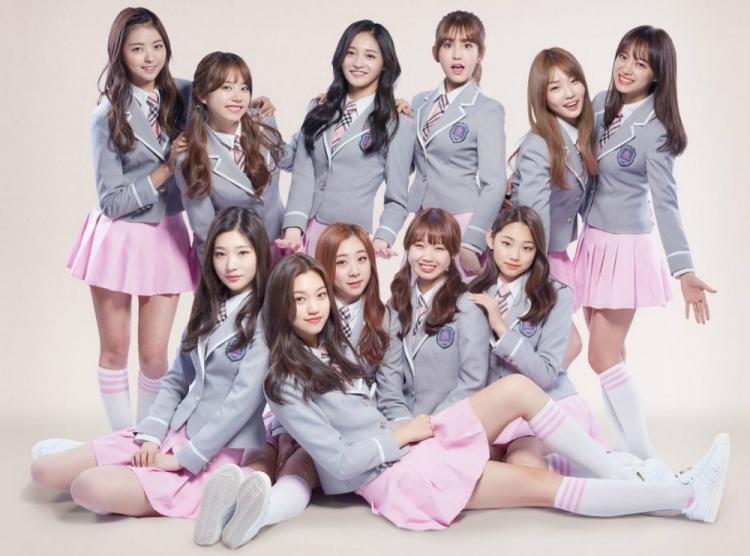 Không còn coming soon, poster ấn định ngày ra mắt chính thức của Somi đã có rồi đây-3