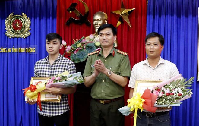 3 người dân giúp công an phá vụ thi thể trong khối bê tông được thưởng-1