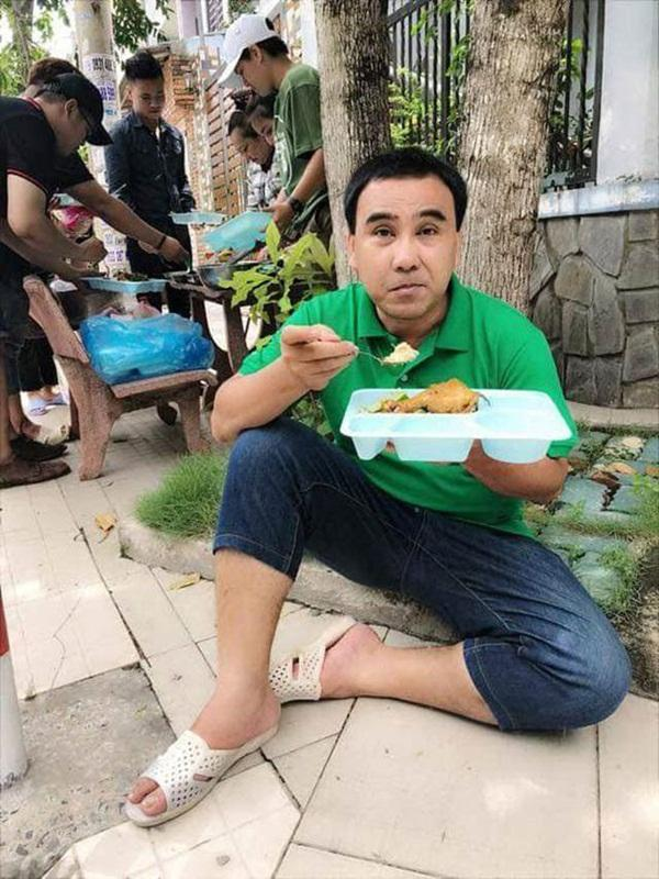 MC nông dân Quyền Linh: Những lần gian lận để giúp đỡ người nghèo-4
