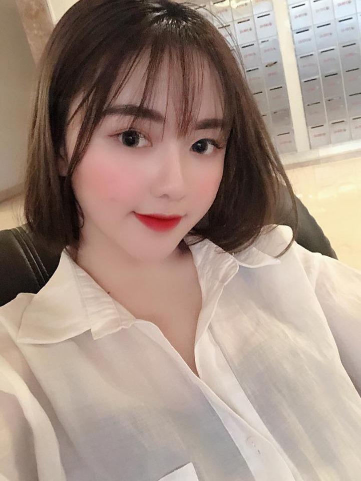 Vóc dáng nóng bỏng của Hà Phương - cô cháu gái xinh đẹp của streamer Quang Cuốn-2