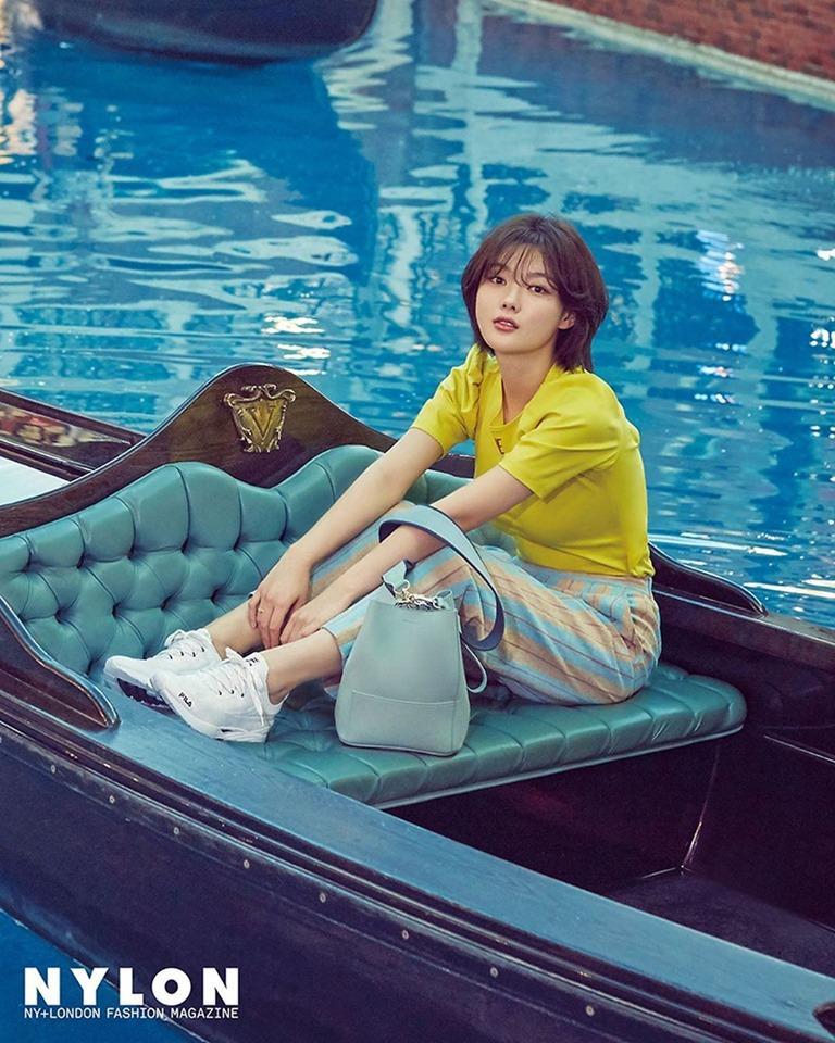 Loạt ảnh chứng minh sao nhí xinh nhất xứ Hàn Kim Yoo Jung đẹp thêm bội phần khi để tóc ngắn-3