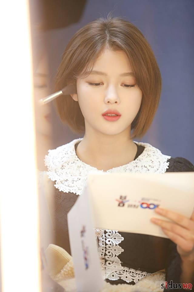Loạt ảnh chứng minh sao nhí xinh nhất xứ Hàn Kim Yoo Jung đẹp thêm bội phần khi để tóc ngắn-6