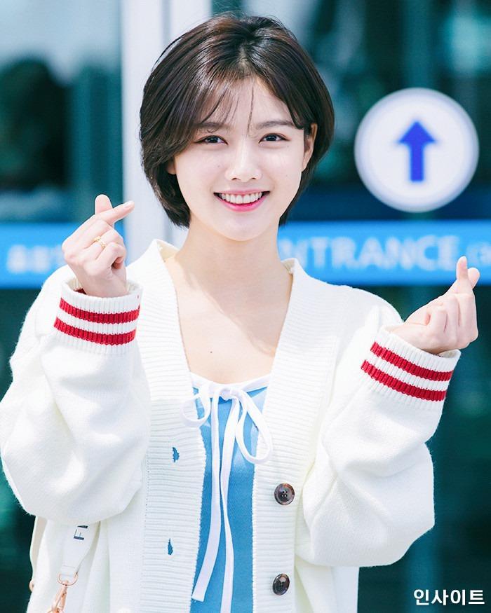 Loạt ảnh chứng minh sao nhí xinh nhất xứ Hàn Kim Yoo Jung đẹp thêm bội phần khi để tóc ngắn-11