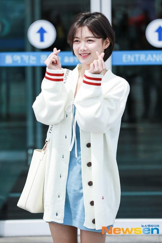Loạt ảnh chứng minh sao nhí xinh nhất xứ Hàn Kim Yoo Jung đẹp thêm bội phần khi để tóc ngắn-13