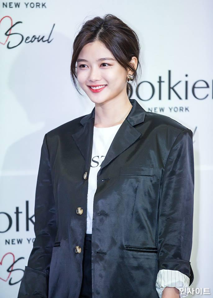 Loạt ảnh chứng minh sao nhí xinh nhất xứ Hàn Kim Yoo Jung đẹp thêm bội phần khi để tóc ngắn-15