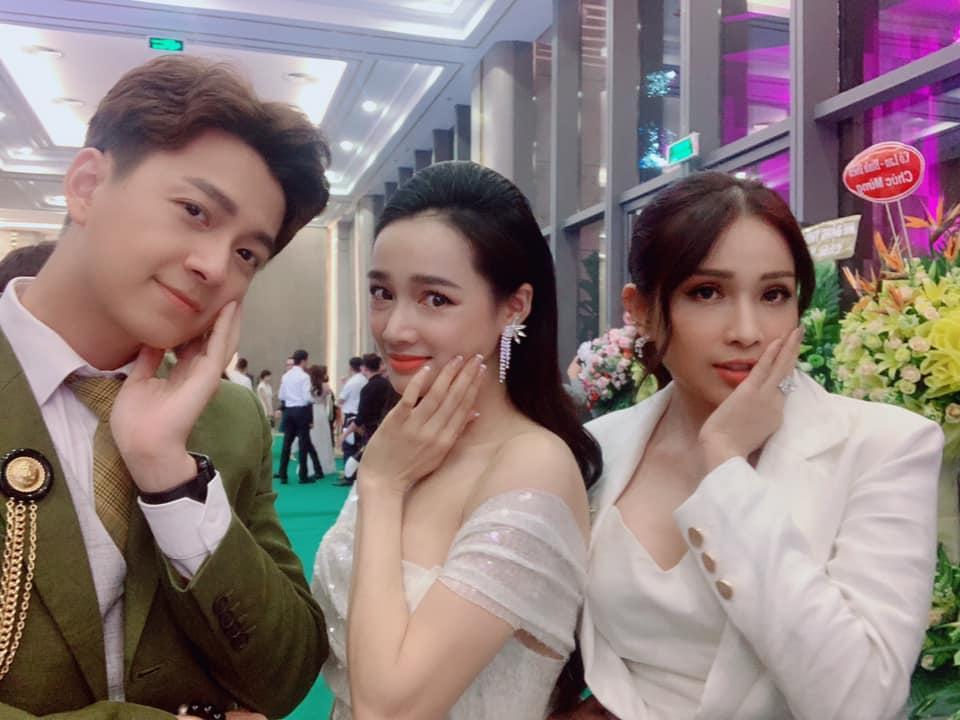 Đăng ảnh Nhã Phương mà quên photoshop, Ngô Kiến Huy - Phạm Quỳnh Anh khiến mỹ nhân bị lộ dung nhan chuẩn mẹ bỉm sữa-7
