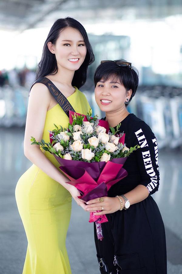 Phạm Lan Anh rạng rỡ lên đường dự Hoa hậu du lịch thế giới 2019-6