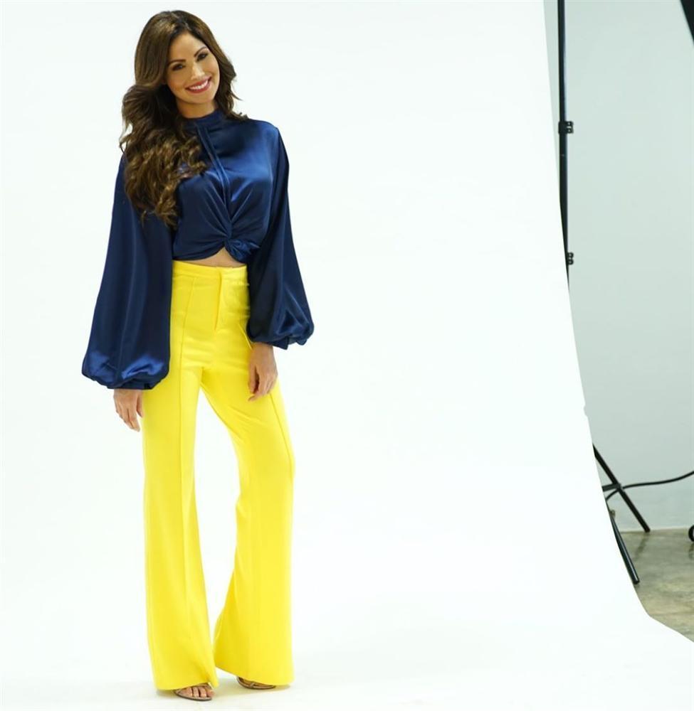 Bản tin Hoa hậu Hoàn vũ 21/5: Đại mỹ nữ khét tiếng sexy cũng vái cả nón khi nhìn chiếc váy của Ngọc Trinh tại Cannes-12