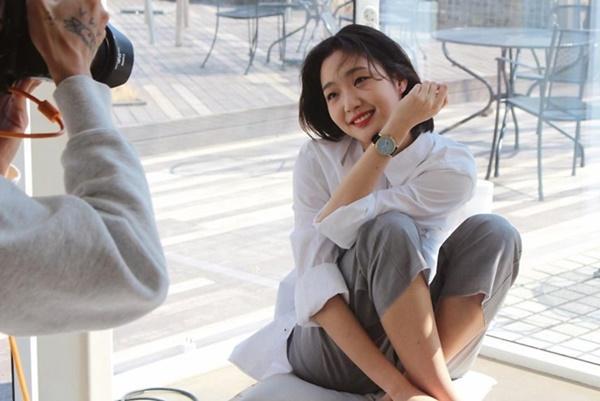 Nhan sắc đẹp lạ của nữ chính đóng cặp cùng Lee Min Ho trong phim mới-8