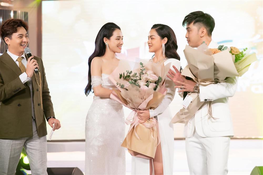 Sinh nhật Nhã Phương mà Phạm Quỳnh Anh đẹp lấn át cả nhân vật chính lẫn toàn bộ khách mời-5