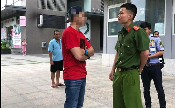 Việt kiều khoe chó nằm máy lạnh bị phạt 700 nghìn đồng-1