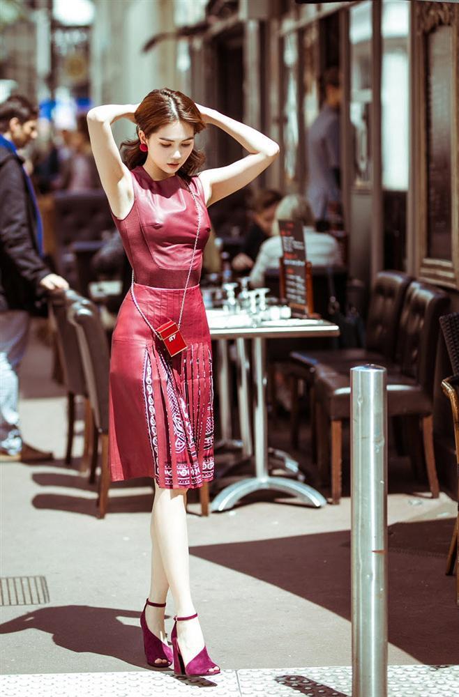 Dự thảm đỏ Cannes phản cảm bao nhiêu thì Ngọc Trinh lại được khen ngợi street style ấn tượng bấy nhiêu-7