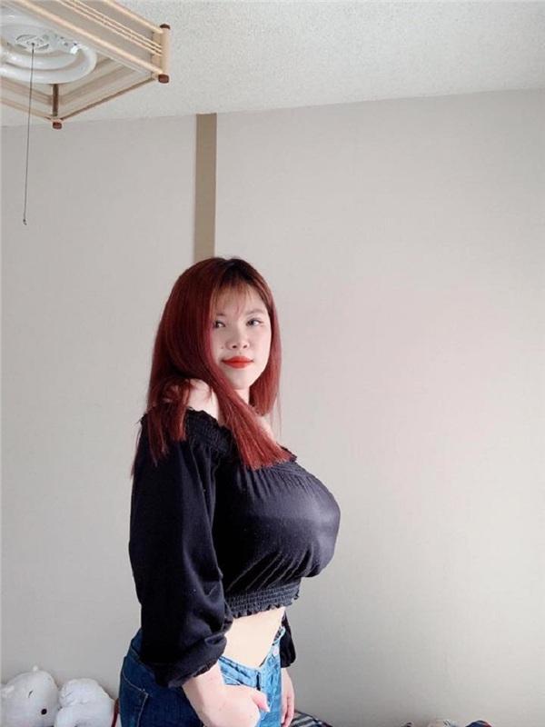 Từng phẫu thuật ngực hút 3 lít mỡ, nữ sinh Hải Dương lại gây sốc với vòng 1 khủng đến khó tin-5