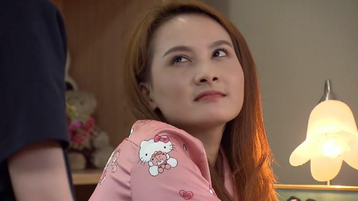 Ánh Dương kiếm tiền nuôi con của chị gái trong tập 29 Về Nhà Đi Con-4