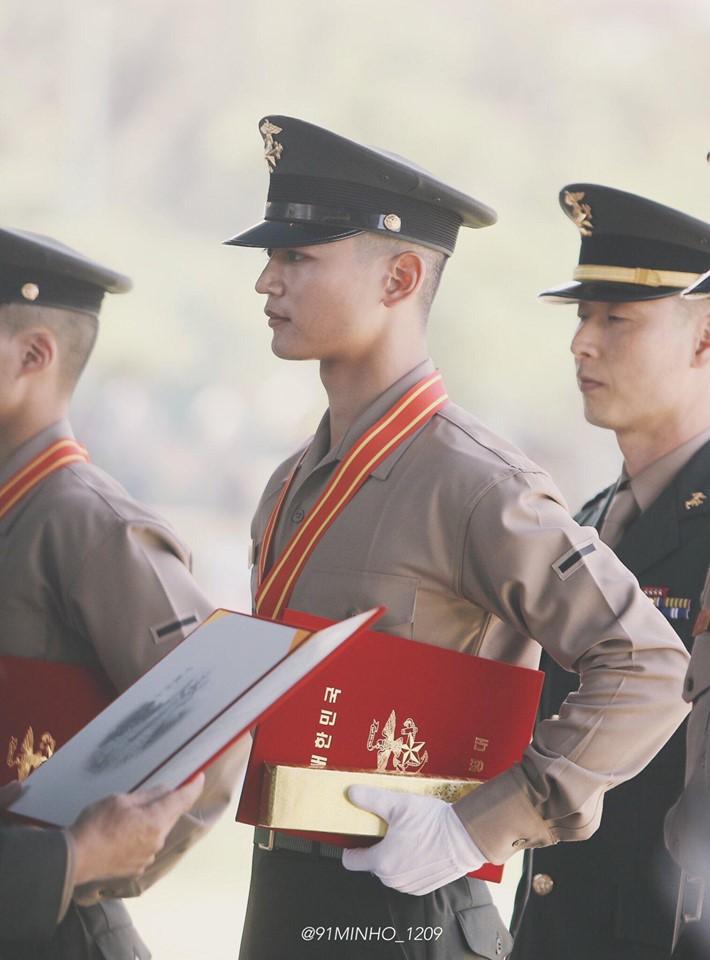 Mỹ nam Lee Dong Wook gây hoang mang với thân hình phát tướng 86 kg-3