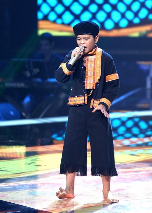 Quang Anh The Voice Kids thay đổi ngỡ ngàng sau phẫu thuật thẩm mỹ-1