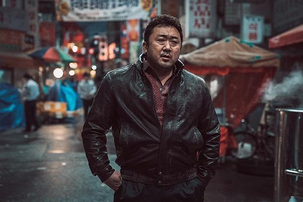 Tài tử Train to Busan Ma Dong Seok chuẩn bị kết hôn với người tình sexy kém 17 tuổi-2