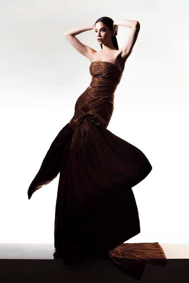 Trước khi có màn tạo dáng gây sốc, Hồ Ngọc Hà còn nhiều lần pose dáng độc dược hơn thế-6