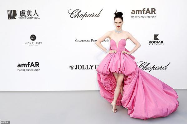 Dàn siêu mẫu thác loạn nhiệt tình trong tiệc thời trang hậu Cannes-5