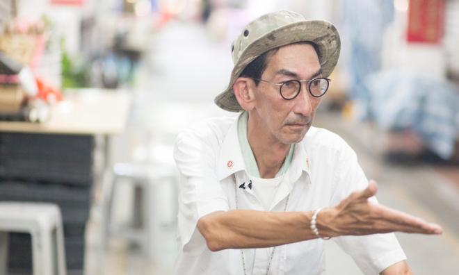Đời bi kịch của tài tử TVB cao gần 2m: Bị lừa đóng phim cấp 3, không có tiền làm ma chay cho mẹ-5
