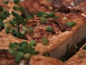 Tối nay ăn gì: Đậu phụ nhồi thịt, sốt xì dầu kiểu Trung Quốc