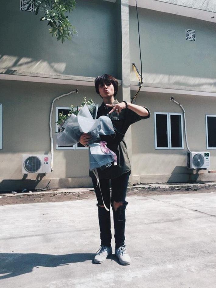 Ánh Dương - Cô em út Về nhà đi con sở hữu phong cách thời trang siêu cá tính từ phim ra ngoài-11