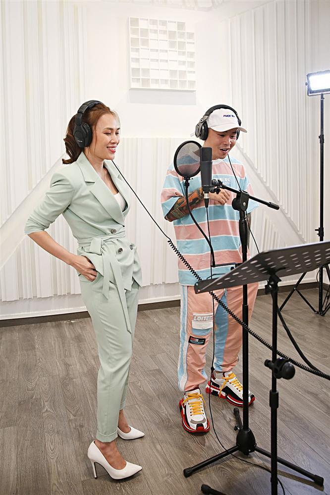 Mỹ Tâm cùng Binz tung MV nhạc phim Chị trợ lý của anh dành riêng cho hội FA-3