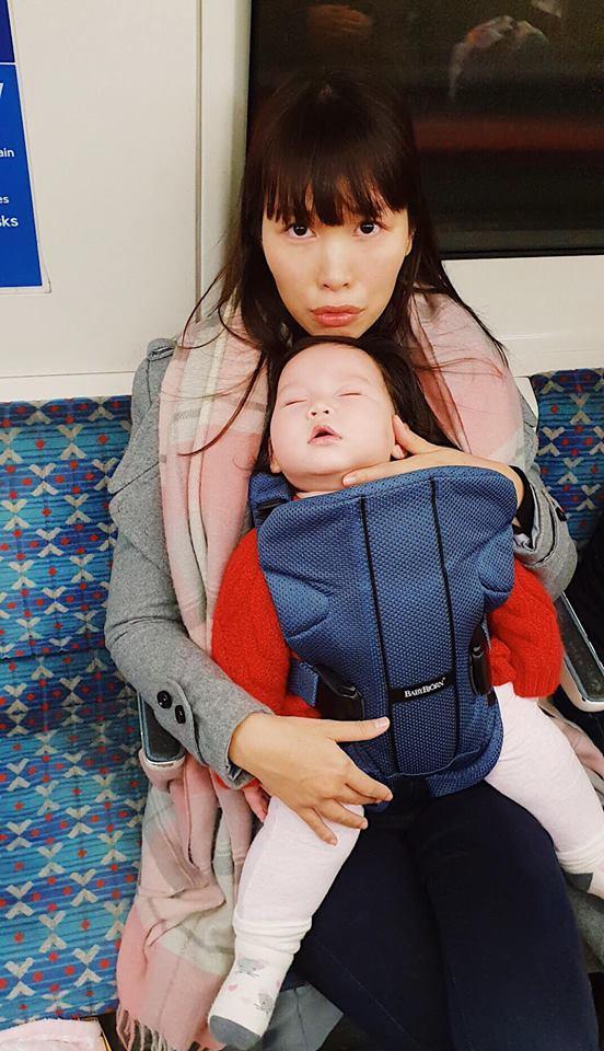 Hà Anh độp vào mặt những người chỉ trích cô ác khi luyện ngủ cho con-1