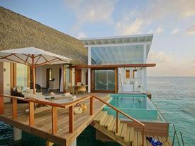 Bên trong biệt thự nổi giữa biển sang chảnh bậc nhất Maldives