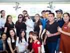 Người hâm mộ bật khóc, chia tay Hương Tràm sang Mỹ du học