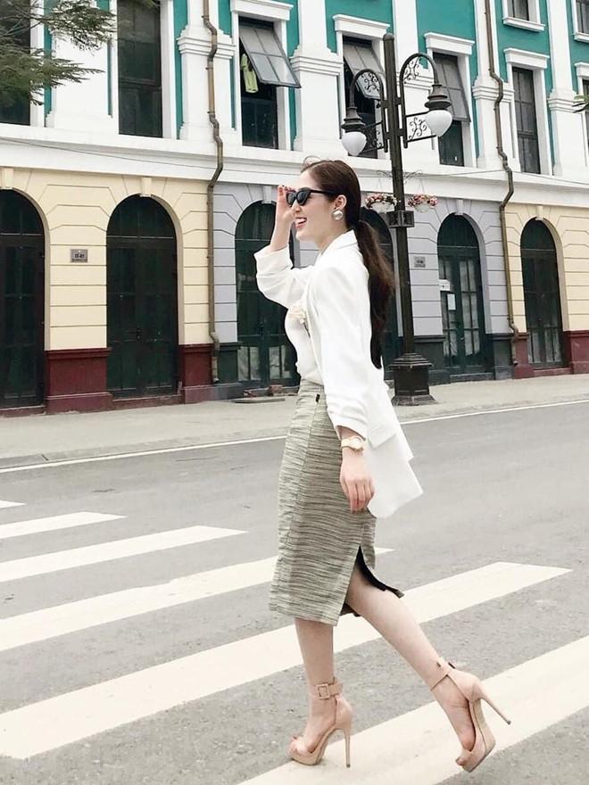 Dân mạng phát sốt với nữ MC thời tiết của truyền hình Quảng Ninh-5