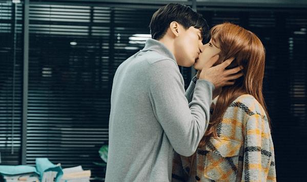 8 phim Hàn gây bão nhờ cặp chính diễn quá tình-7