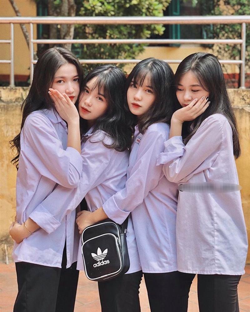 Khoe ảnh trong lễ tổng kết năm học, 4 nữ sinh ở Yên Bái chiếm mọi spotlight vì ngoại hình cực xinh đẹp-2