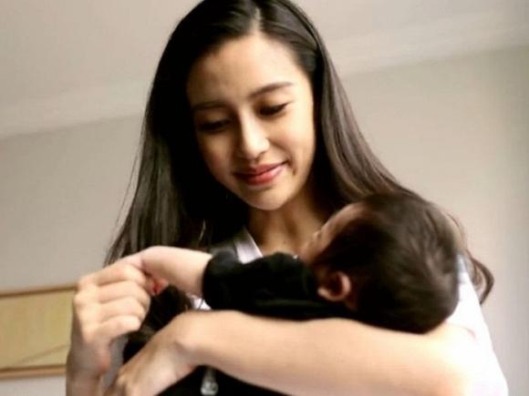 Angelababy lần đầu trải lòng về sinh con ở đỉnh cao sự nghiệp khiến bao người xúc động-1