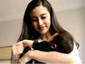 Angelababy lần đầu trải lòng về sinh con ở đỉnh cao sự nghiệp khiến bao người xúc động