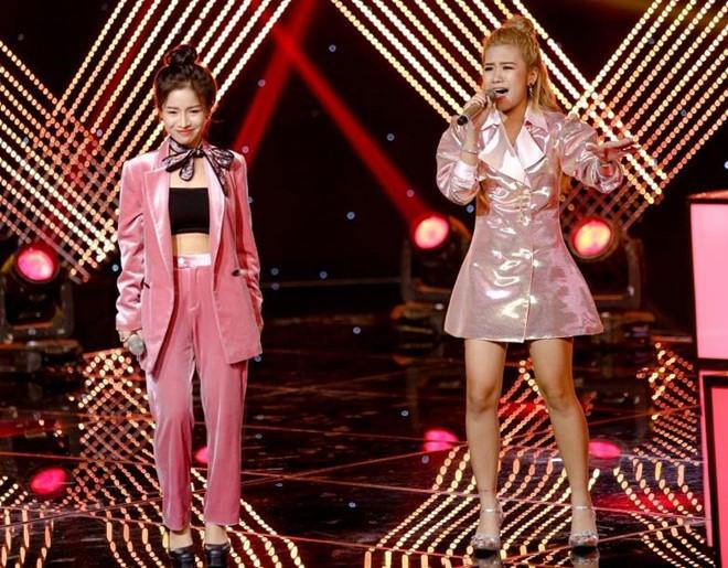 Hot girl The Voice nhất quyết không ra sân khấu vì MC đọc thiếu tên-2