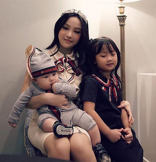 Dàn hotgirl đình đám một thời ngày càng xinh đẹp dù đã là mẹ hai con-4